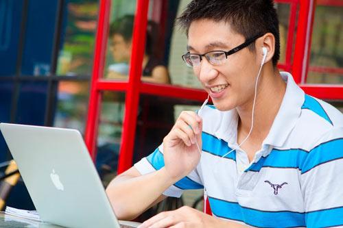 Lợi ích của việc học tiếng Anh trực tuyến