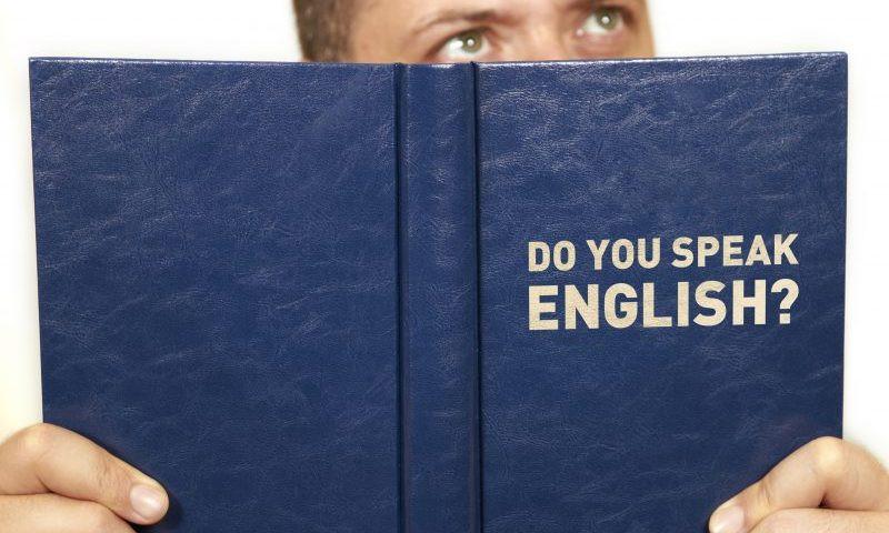 Nên học tiếng Anh online hay offline?